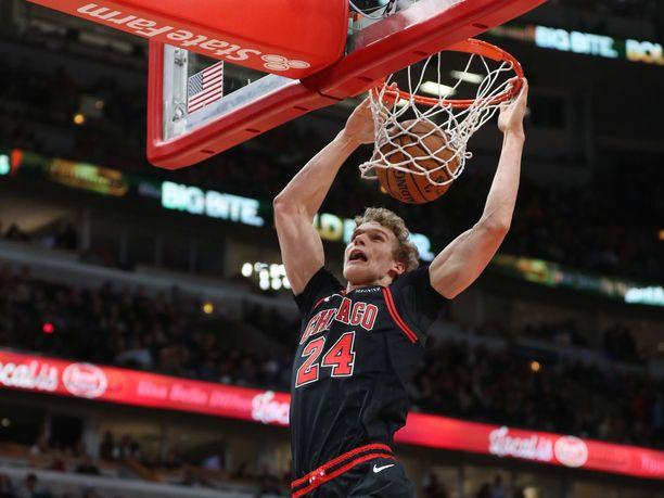 Lauri Markkanen onnistui Dallasissa, vaikka Bulls hävisi.