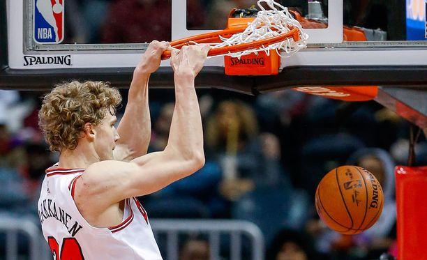 Korirenkaat ovat olleet kovilla välillä NBA:ssakin, kun Lauri Markkanen on pistänyt palloa pussiin.