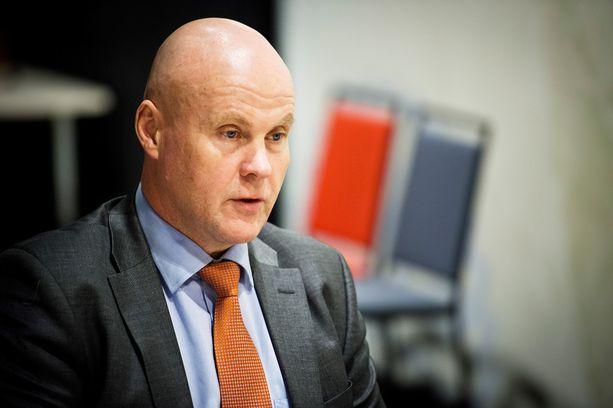 STTK:n puheenjohtaja Antti Palola (sd) lupaa esityksen, jolla hallituksen ja ay-liikkeen riita voitaisiin ratkaista.
