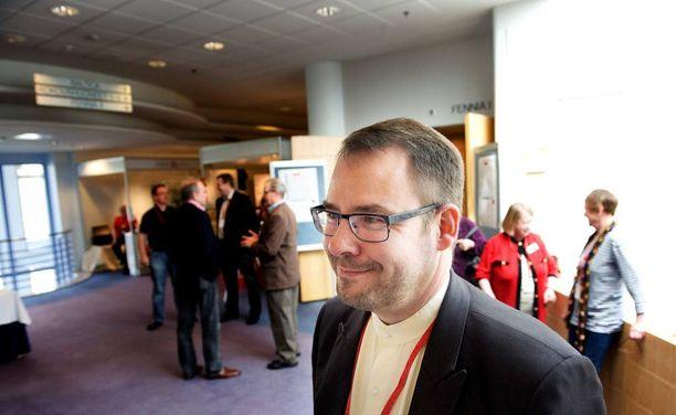 Arkistokuva vuodelta 2012, jolloin SDP:n puoluekokouksessa Helsingissä Reijo Paananen oli nousemassa puoluesihteeriksi.