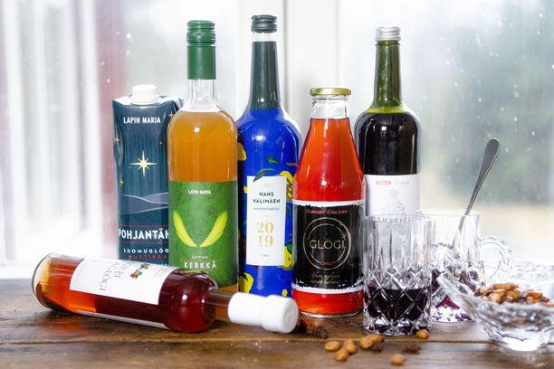 Joulun 2019 alkoholittomat glögit testissä. Tiedustelut: glögilasit ja pähkinäkulho Decanter.