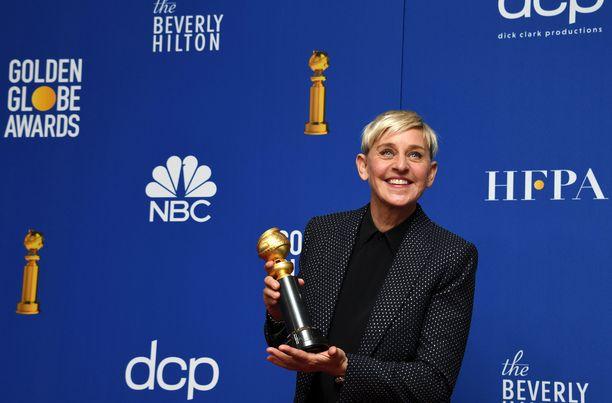 Ellen DeGeneresille sataa tukea ja kritiikkiä.