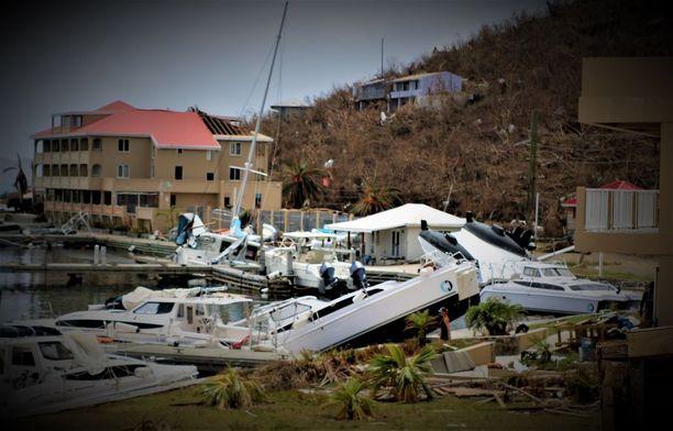 Monet Neitsytsaaren asukkaat ovat kärsineet isoista tulonmenetyksistä myrskyn takia.