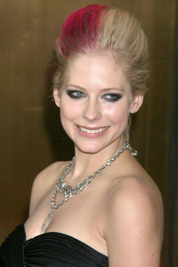 Avril Lavigne ja tehoraita.