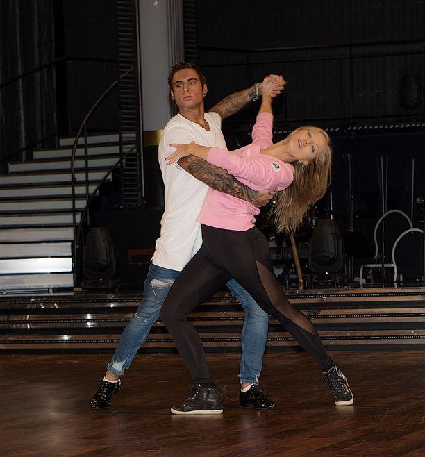 Ruotsissa Tanssii tähtien kanssa-kilpailua on tehty jo 11 tuotantokautta.
