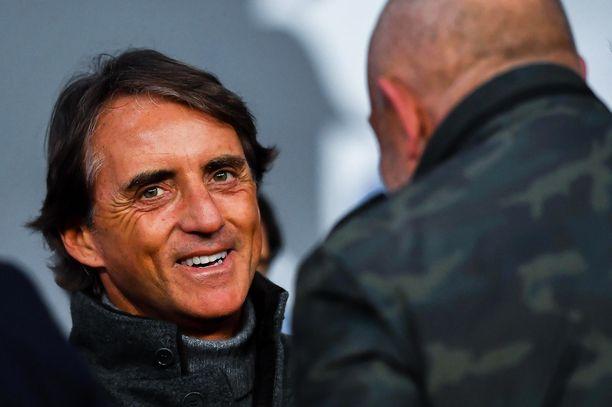 Roberto Mancini yrittää rakentaa Italian jalkapallolle uudenlaista identiteettiä.