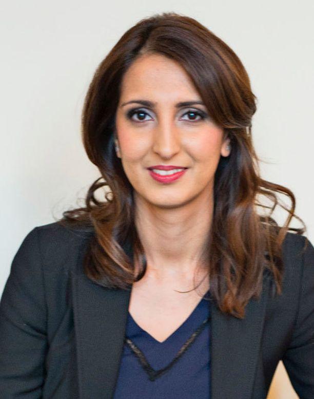 Nasima Razmyar vertasi perussuomalaisia ja kristillisdemokraatteja vanhoillisiin muslimeihin.