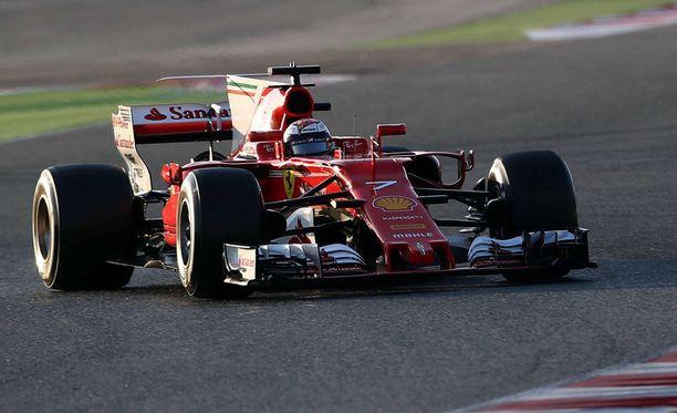Kimi Räikkönen kellotti testien nopeimman kierrosajan.