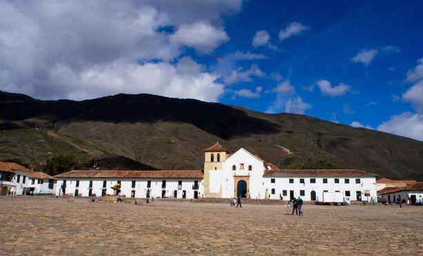 Idyllinen, kaunis ja rauhallinen Villa de Leyvan kylä.