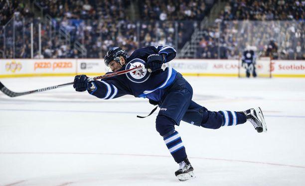 Winnipeg Jetsin Patrik Laine ei pelaa ensi yönä Ottawa Senatorsia vastaan.
