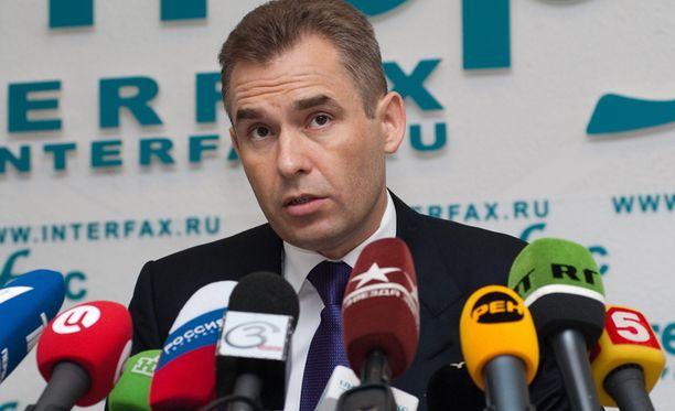 """Pavel Astahovin mukaan Suomessa viranomaiset """"jälleen kerran takavarikoivat lapsen venäläiseltä äidiltä ilman oikeudenkäyntiä ja tutkintaa""""."""