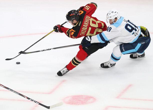 Jegor Tshinahov on vikkelä laituri, joka on tehnyt 12 KHL-ottelussa tehot 5+2=7.