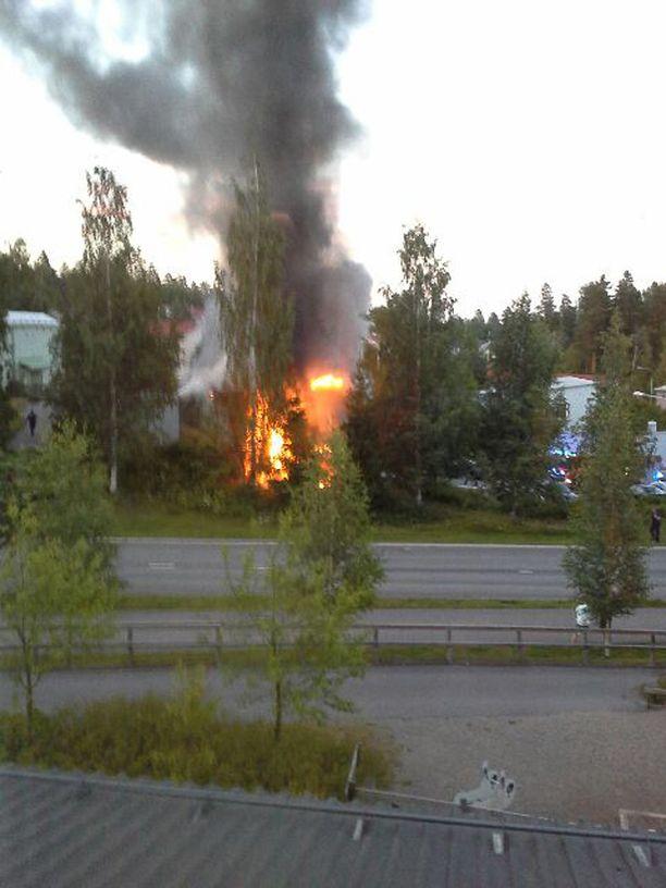 Poliisilla ei ole vielä tietoa tulipalon sytyttämisen motiivista.
