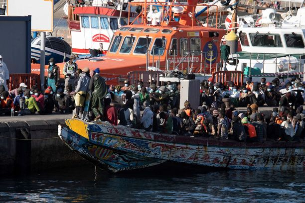 Pakolaiset ovat löytäneet uudestaan merireitin Kanariansaarille.