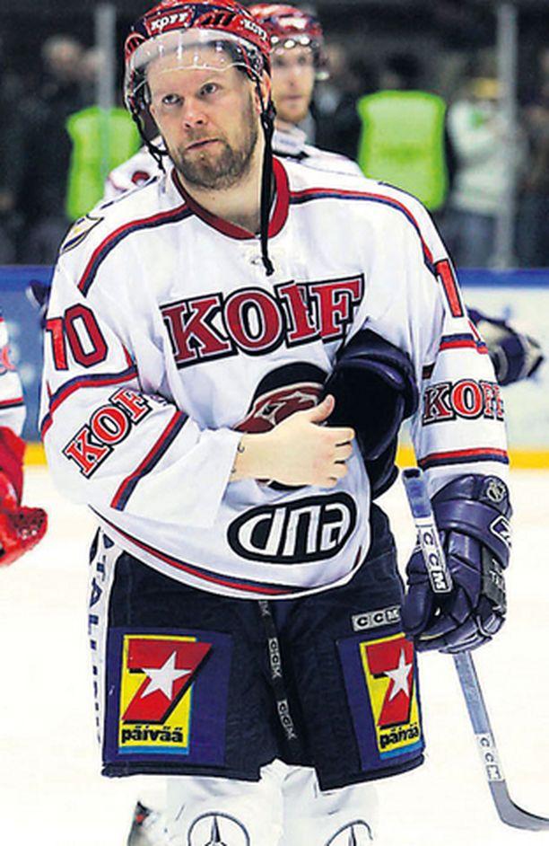 HIFK:n kapteeni ei nähnyt tarpeelliseksi saapua sunnuntaina pelattuun SM-liigan pronssipeliin.