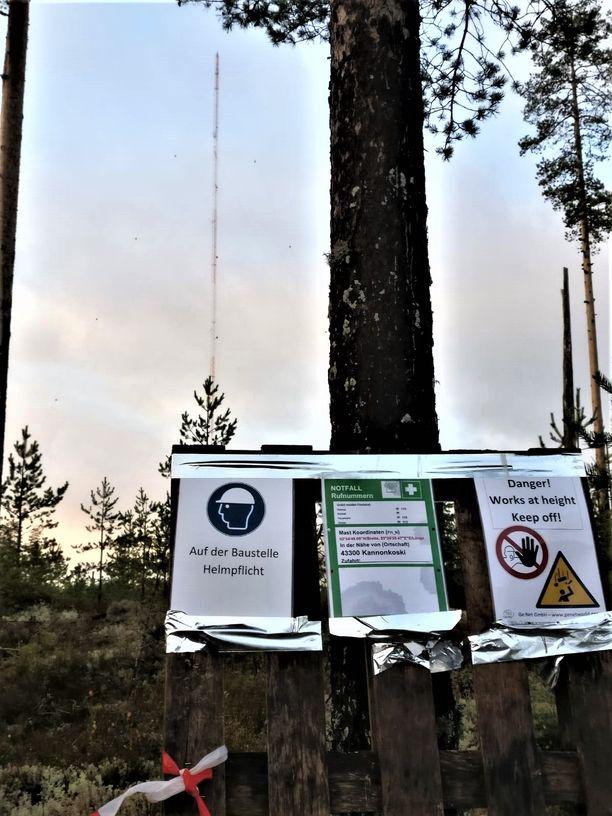 Saksalaisyhtiö rakensi tuulimaston pääosin saksalaisvoimin. Aktiivit pelkäävät, että suomalainen työvoima syrjäytettäisiin myös voimalapuiston rakentamisessa.