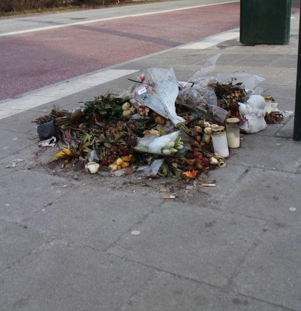 Malmö on viime aikoina ollut otsikoissa rajujen ammuskeluiden ja räjähdysten takia. Kuva Ahmed Obaidin surmapaikalta vuodelta 2017.