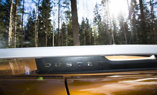 Avaimeton käynti autoon on näppärä, mutta ovien lukkiutumisen äänimerkki auton torven kautta voisi olla vähän hillitympi.