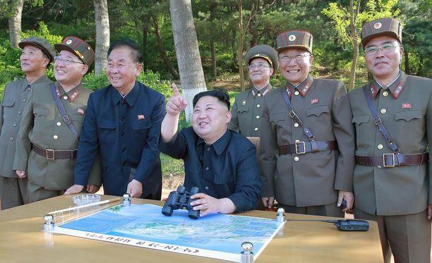 Pohjois-Korean johtajalle Kim Jong-unille on esitelty suunnitelma iskusta Guamin lähettyville.