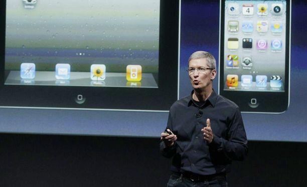 Tim Cook esittelee Applen uutuuksia Kaliforniassa.