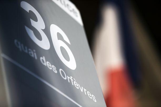 Raiskaus sattui Seinen vasemmalla rannalla Quai des Orfévres -kadulla sijaitsevassa rikospoliisin päämajassa.