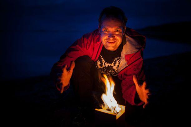 Antti Huttunen haluaa innostaa suomalaisia nauttimaan luonnosta. Retkeily on helppo aloittaa lähikohteista.