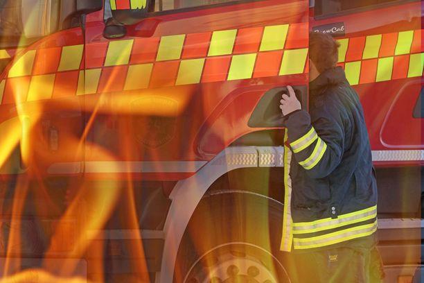 Käytöstä poistetun tehtaan tulipalot ovat työllistäneet pelastuslaitosta. Kuvituskuva.
