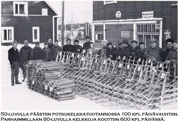 1950-luvulla potkukelkkatuotannossa päästiin sadan kappaleen päivävauhtiin.