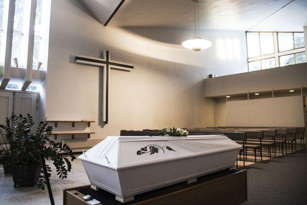 Gitte haudattiin Kotkaan Parikan hautausmaalle 3. joulukuuta 2016.