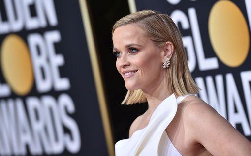 """Näyttelijä Reese Witherspoonin kuvaan on helppo samaistua: """"Kotikoulu menee hienosti"""""""