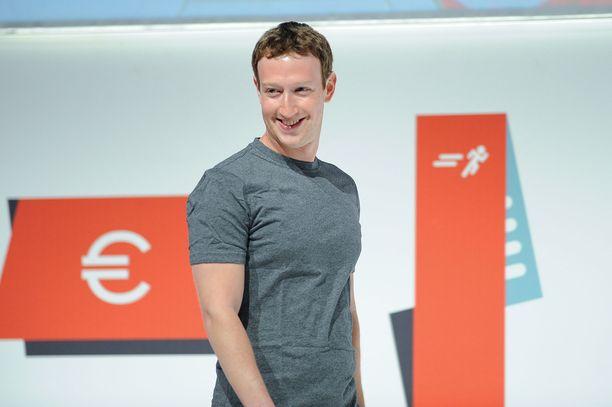Zuckerberg on luonut jättiomaisuuden Facebookin ansiosta.