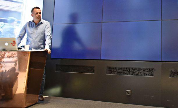 Oneplussan liiketoiminnan kehityksestä vastaava Juha Rytkönen myönsi, että Oneplussalla ja Oppolla olevan yhteisiä sijoittajia.