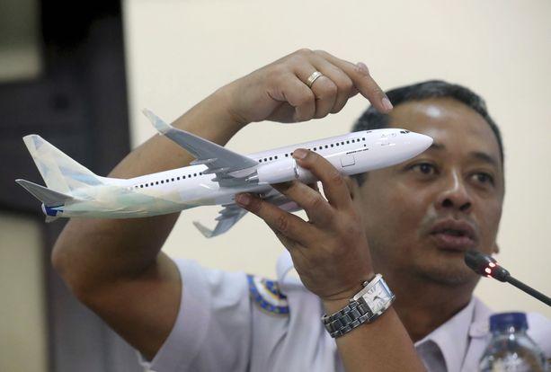 Tutkinnanjohtaja Nurcahyo Utomo selitti keskiviikkona lehdistötilaisuudessa, mitä Lion Airin lennon JT-610 tuhosta tiedetään.