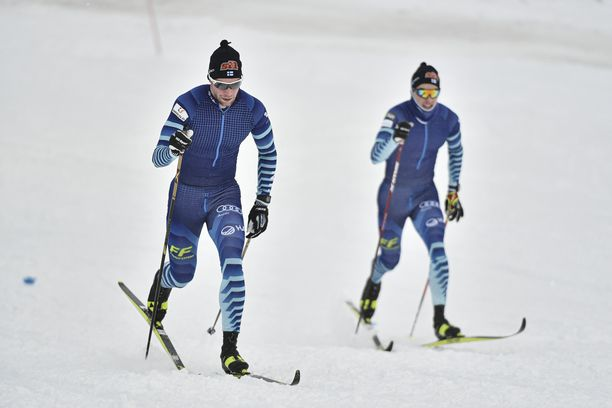 Joni Mäki (vas.) ja Ristomatti Hakola kisaavat torstaina Saksassa.
