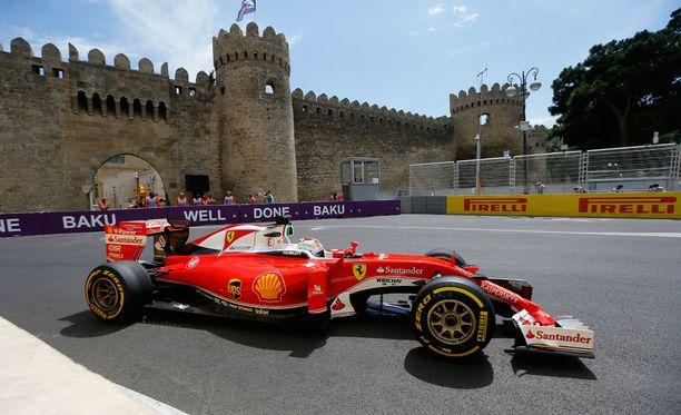 Vettel kellotti iltapäivän harjoituksissa toiseksi parhaan ajan.