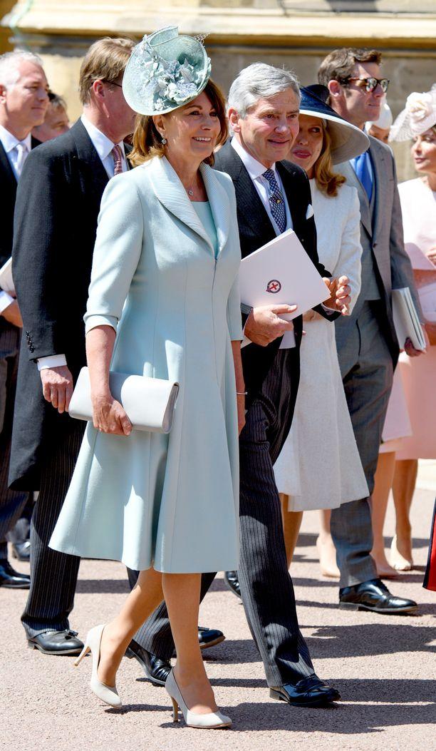 Carole Middleton ja Michael Middleton ovat kuuluneet brittimedian seuraamiin ihmisiin siitä lähtien kun heidän tyttärensä Catherinen seurustelu prinssi Williamiin paljastui.