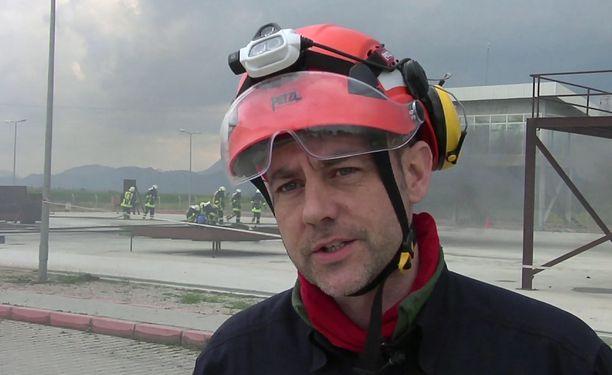 James Le Mesurier kuoli epäilyttävissä olosuhteissa Istanbulissa.