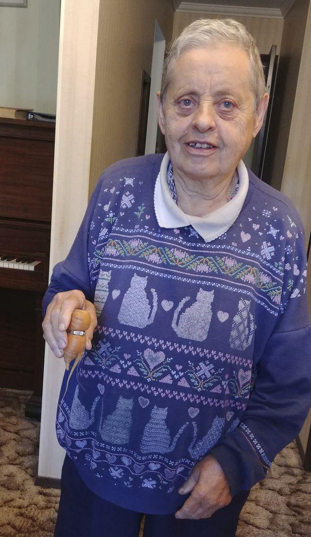 Mary Grams sai kauan kaivatun sormuksensa takaisin Kanadan Albertassa.