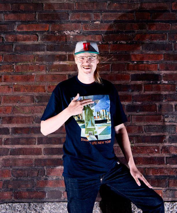 Stigin mukaan uudella levyllä kuuluu suomalaisen miehen kaiho.