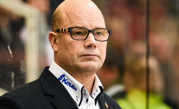 Risto Dufvalta nähtiin taas kerran legendaarinen haastattelu.