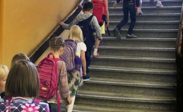 Helsingin peruskoulut kärsivät sisäilmaongelmista. Kuvituskuva.