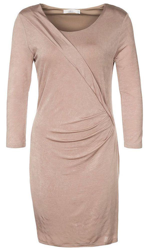 Muista pukea istuvan beigen mekon alle vartalon linjoja silottava alusmekko. Aaiko/Zalando, 94,95 €