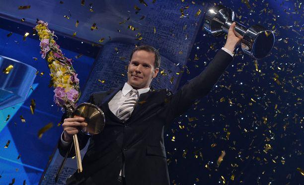 Tero Pitkämäki pokkas jo kolmatta kertaa urallaan Vuoden urheilija -palkinnon.