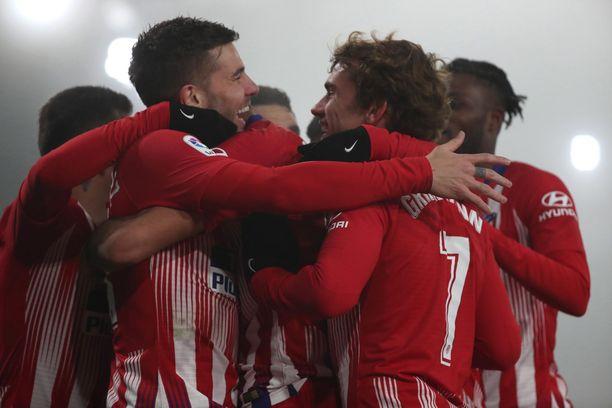 Atlético-pelureilla oli hauskaa Huescassa.