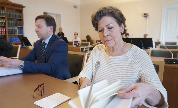 Hilkka Ahteen irtisanomista koskevaa kiistaa käsitellään korkeimmassa oikeudessa tänään.