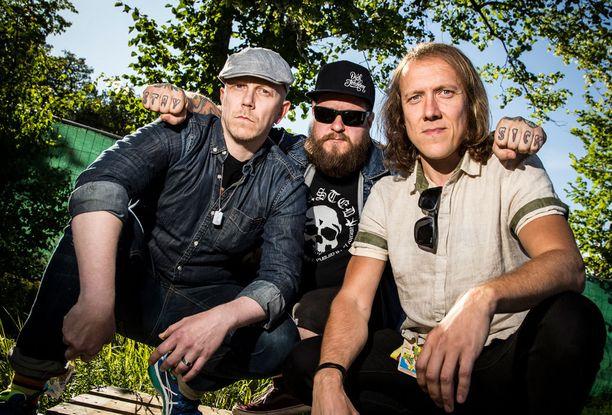 Apulanta esiintyi Radio Suomipopin Helsinki-Päivän konsertissa.