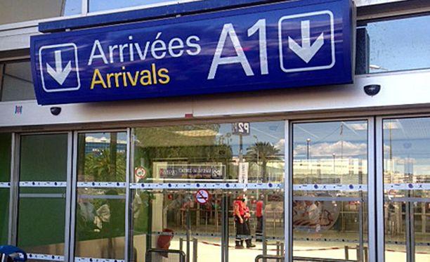 Nizzan lentokenttä evakuoitiin perjantaina hetkeksi.