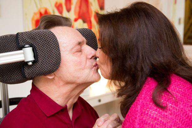 Rakkaus on antanut voimaa pariskunnan vaikealla matkalla.
