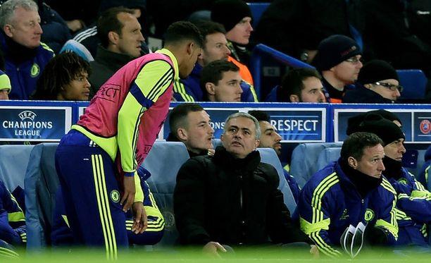 Jose Mourinhon komentama Chelsea johtaa Valioliigaa - vaikka Jeesusta ei olekaan näkynyt joukkueen kokoonpanossa.