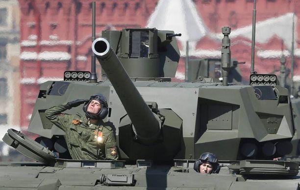 Jakubov arvelee, että ensimmäisenä Venäjä vahvistaisi joukkojaan länsirajalla, eli muun muassa hankkisi ja uudelleensijoittaisi raskasta kalustoa.